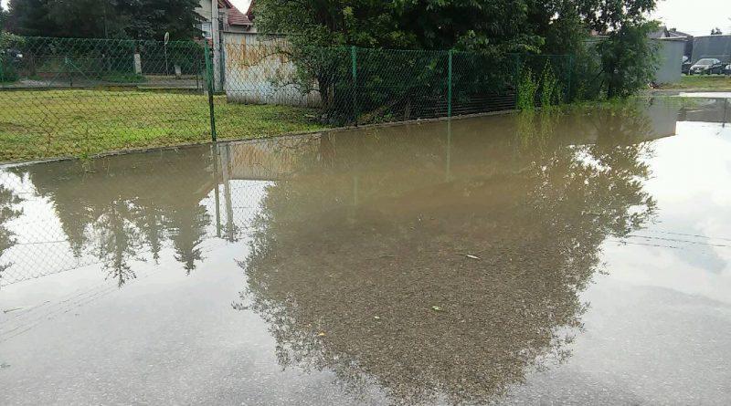 Zalana ulica Akacjowa w Niepołomicach